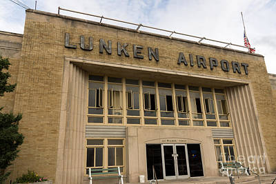 Airlines Photograph - Lunken Airport In Cincinnati Ohio by Paul Velgos