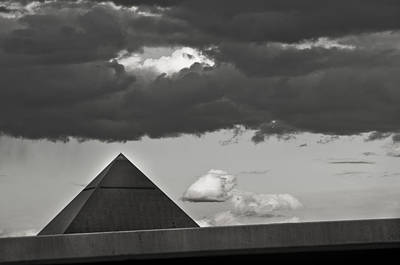Photograph - Luxor-3 by Kevin Duke
