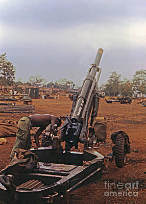 Photograph - M102 105mm Light Towed Howitzer  2 9th Arty At Lz Oasis R Vietnam 1969 by California Views Archives Mr Pat Hathaway Archives