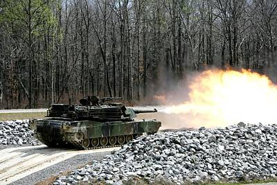 M1a1 Abrams Tank Firing Art Print