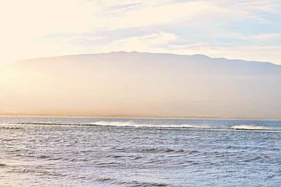 Photograph - Maalaea Morning Surf by Paulette B Wright