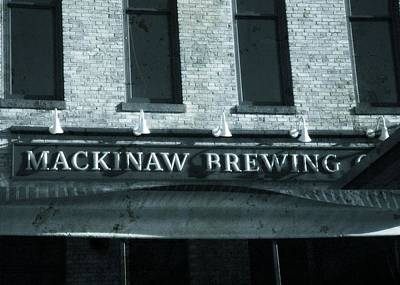 Hop Photograph - Mackinaw Brewing by Dan Sproul