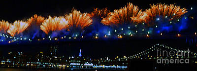 Photograph - Macy's 2014 Fireworks by Kendall Eutemey