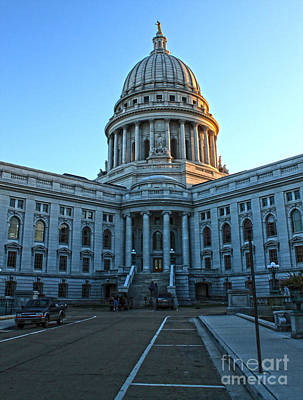 Madison Wisconsin Capitol Building - 01 Art Print by Gregory Dyer