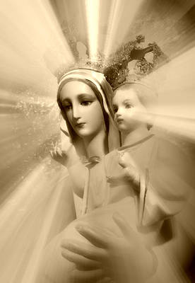 Mother Mary Digital Art - Madonna And Child II by Aurelio Zucco