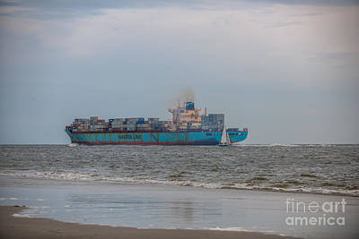 Photograph - Maersk Duisburg Charleston Sc by Dale Powell