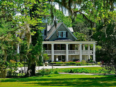 Photograph - Magnolia Plantation House by Jean Wright