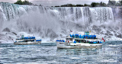 Maid Of The Mist Art Print