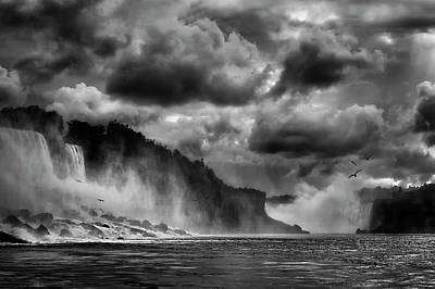 Sights Photograph - Maid Of The Mist by Yvette Depaepe
