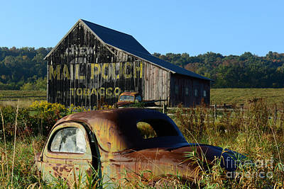 Mail Pouch Barn Photograph - Mail Pouch Barn And Old Cars by Paul Ward