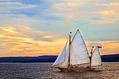 Maine Sunset Cruise Original by Carolyn Derstine
