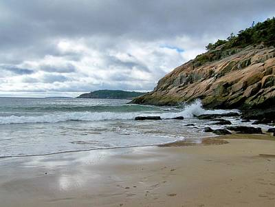 Photograph - Maine's Sand Beach by Gene Cyr