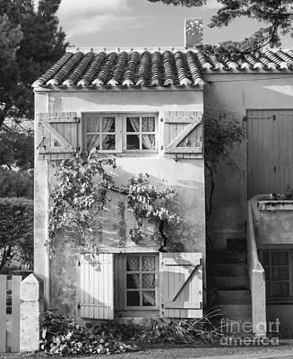Noirmoutier Photograph - Maison Des Vacances by David Hanlon