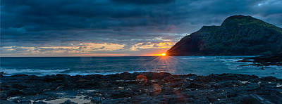 Photograph - Makapuu Lighthouse And Sunrise by Dan McManus