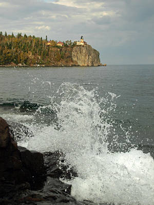 Print featuring the photograph Making A Splash At Split Rock Lighthouse  by James Peterson