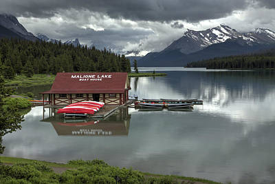Digital Art - Maligne Lake Jasper Park by Diane Dugas