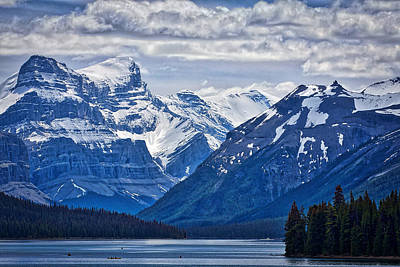 Photograph - Maligne Lake by Stuart Litoff