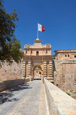 Maltese Photograph - Malta 06 by Tom Uhlenberg