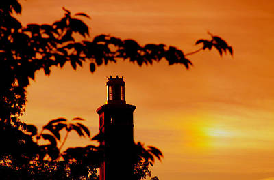 Art Print featuring the photograph Mamaroneck Lighthouse Nearing Sunset by Aurelio Zucco