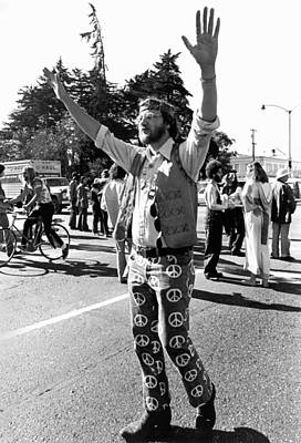 Photograph - Man At Vietnam War Protest by Underwood Archives Adler