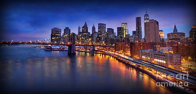 Photograph - Manhattan At Dawn - Brooklyn Bridge by Lee Dos Santos