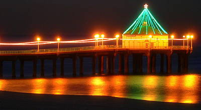 Photograph - Manhattan Beach Pier Christmas Lights by Jeff Lowe