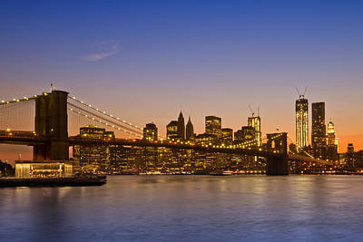 Evening Digital Art - Manhattan Brooklyn Bridge by Melanie Viola