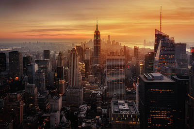 Broadway Wall Art - Photograph - Manhattan's Light by Jorge Ruiz Dueso