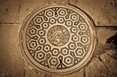 Photograph - Manhole Mandala by Shelly Stallings