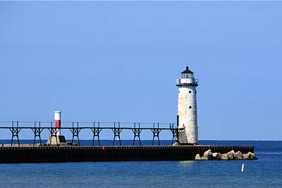 Photograph - Manistee North Pierhead Lighthouse by George Jones