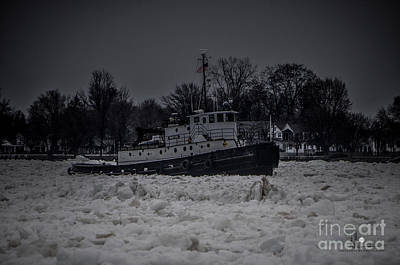 Photograph - Manitou Tugboat by Ronald Grogan