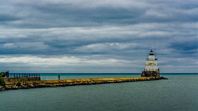Photograph - Manitowoc Breakwater Lighthouse by Randy Scherkenbach