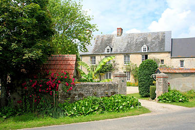 Photograph - Manor House In Normandy by Gordon Elwell