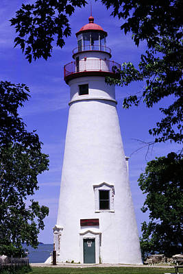 Photograph - Marblehead Light by Terri Harper