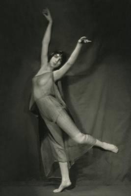 1921 Photograph - Margaret Severn Posing by Alexander Milne