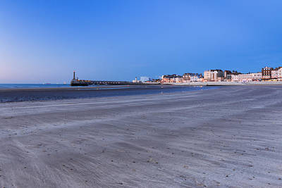 Margate Sands Print by Ian Hufton