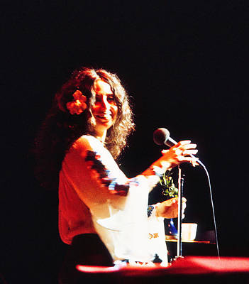 Photograph - Maria Muldaur - In The Mood by Robert  Rodvik