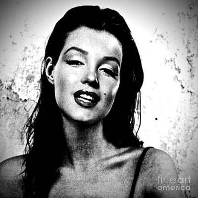 Photograph - Marilyn Monroe--brunette by Saundra Myles