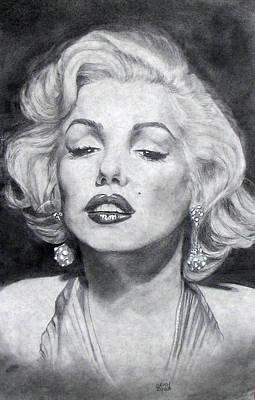 Charcoal Mixed Media - Marilyn Monroe by Christine Maeda