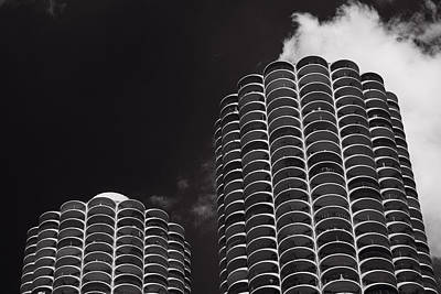 Historic Architecture Photograph - Marina City Morning B W by Steve Gadomski