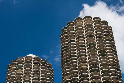 Historic Architecture Photograph - Marina City Morning by Steve Gadomski