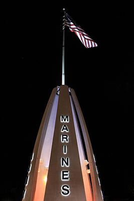 Photograph - Marines Monument In Green Bay by John McGraw