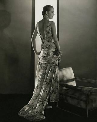 Studio Shot Photograph - Marion Morehouse Wearing A Louiseboulanger Dress by Edward Steichen
