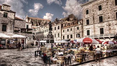 Photograph - Market Day In The White City by Weston Westmoreland