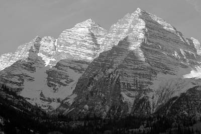Photograph - Maroon Bells At Dawn No.2 by Daniel Woodrum