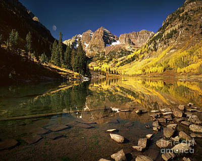 Photograph - Maroon Bells by Edmund Nagele