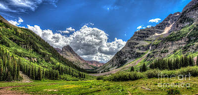Photograph - Maroon Bells by Franz Zarda