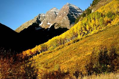 Leaves Photograph - Maroon Bells In Autumn by Jetson Nguyen