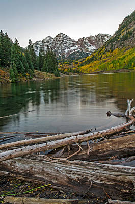 Photograph - Maroon Bells Just Before Sunrise by Willie Harper