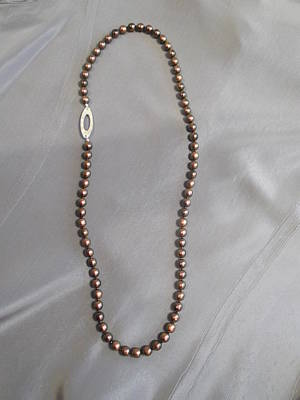 Jan Sterling Jewelry - Maroon Iridescent Glass Bead Necklace by Jan Durand